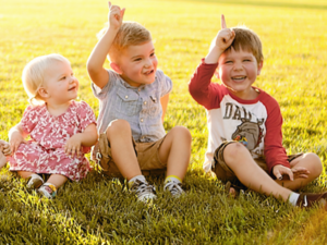 11 redenen waarom een speeltoestel niet mag ontbreken in de achtertuin