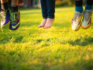 Zó belangrijk is buiten spelen voor de gezondheid; recente onderzoeken